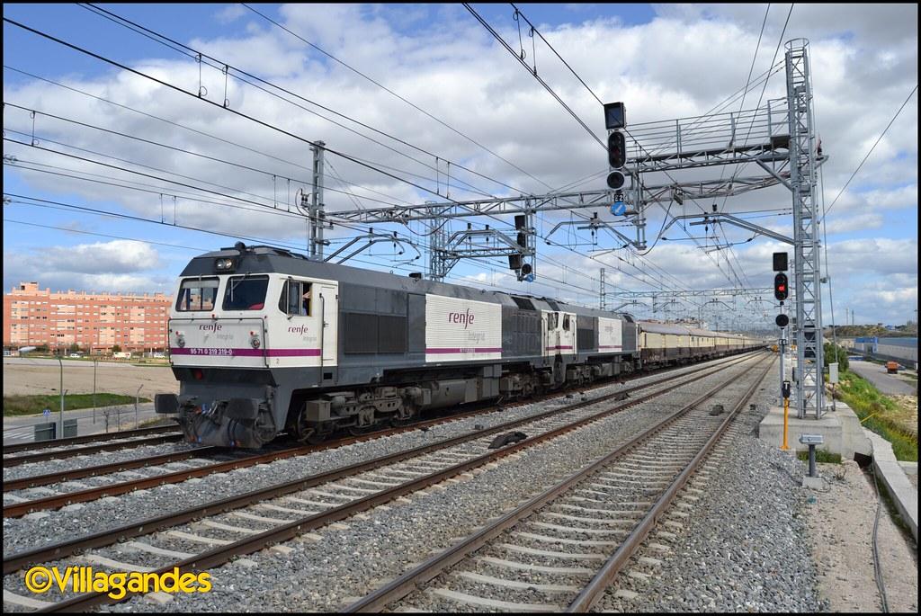 Circulaciones Especiales, Locomotoras de Renfe Integria 8602843875_94254ec0d9_b
