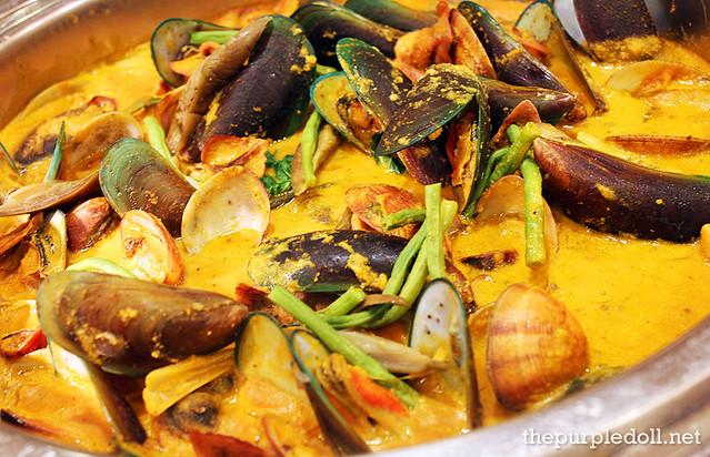 how to cook seafood kare kare