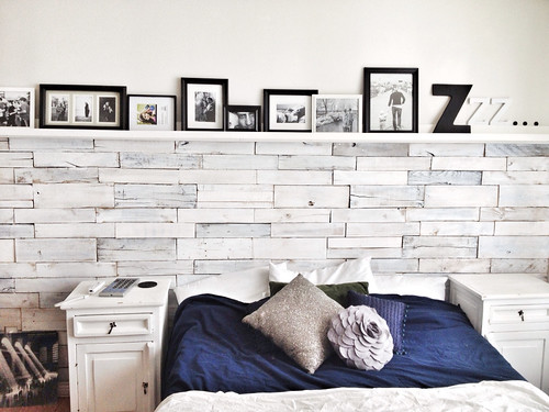 HOUSE OF PAINT   White Washed Wood Pallet Wall