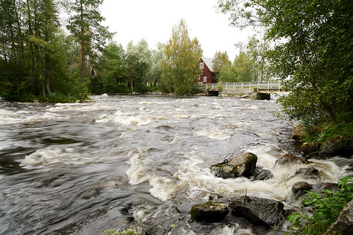 water zeiss suomi finland river eos stream 21 cottage rapids rapid f28 ze 21mm carlzeiss milieu canoneos5d huopanankoski viitasaari huopana distagont2821 distagon2128ze