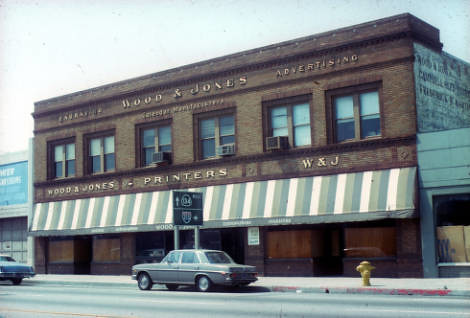 Commercial Building on Colorado Boulevard, Wood & Jones