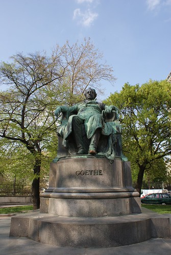 Goethe hanging out in all his glory.