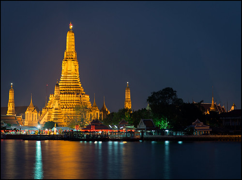 reflection water thailand temple lights reflecting nikon asia southeastasia bangkok buddhist religion buddhism chinesenewyear bluehour watarun chaophrayariver templeofdawn yearofthesnake afs85mmf18g d800e