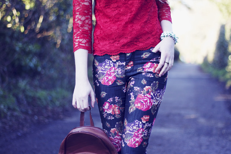 red floral skinny jeans