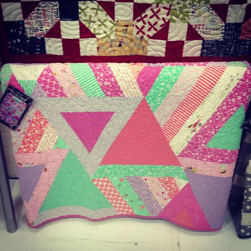 I spotted Ericka Jackman's posy triangle quilt! #quiltcon