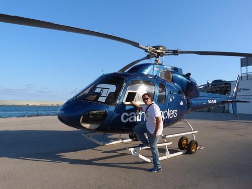 En el helicóptero que me llevaría a volar sobre Barcelona
