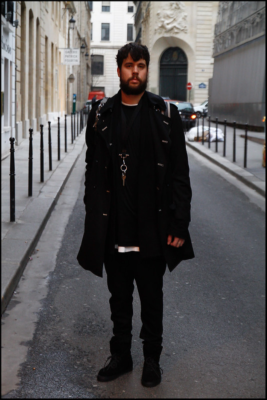 Tuukka13 - Greetings from PFW - WDYWT - Damir Doma Sneakers, Givenchy Drop Crotch Trousers, UNUSED Waffle, Dior Homme Tee, SILENT Cardigan, Comme des Garçons for H&M Trench, Givenchy Lanyard, Kris Van Assche x Eastpak Backpack - 1