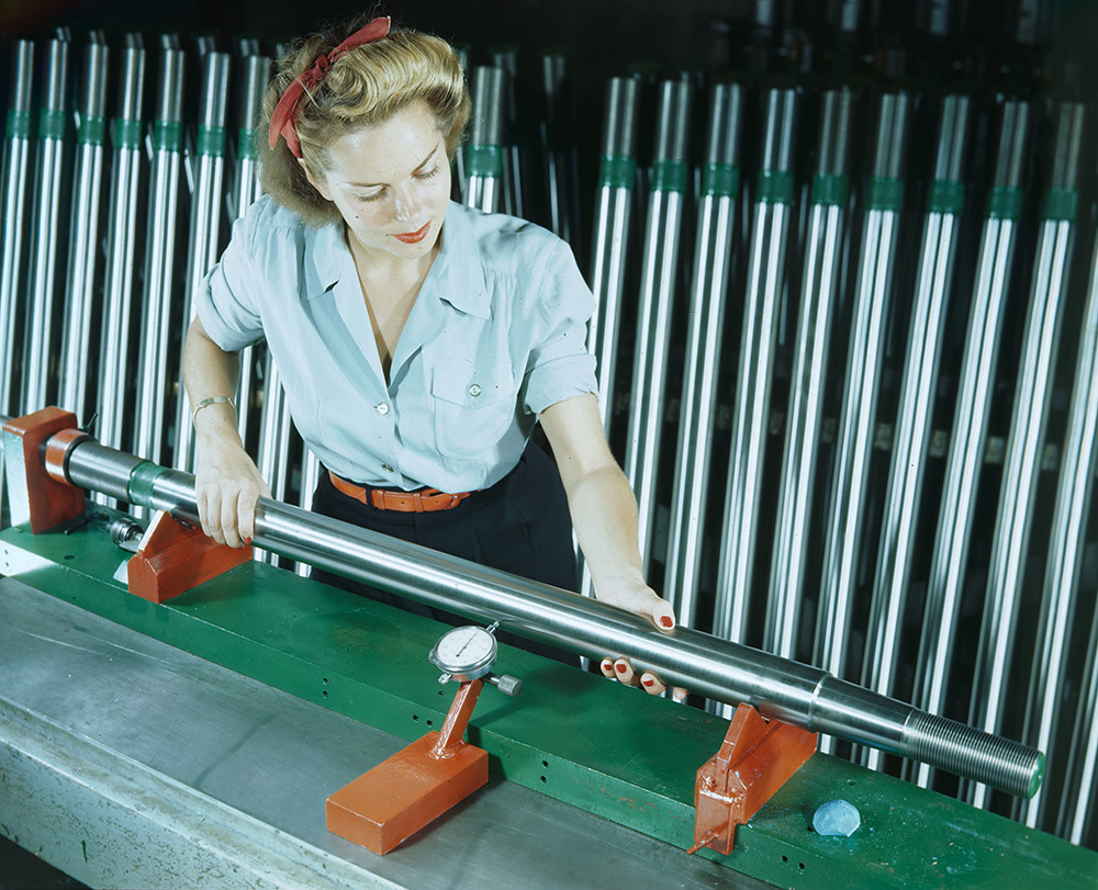 Mission Manufactor misc., ''Miss Mission'' series in color