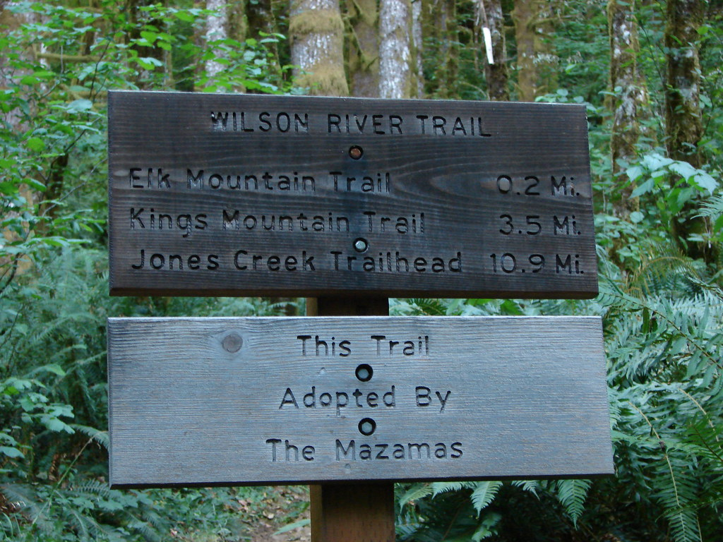 Trail sign at the Elk Mountain Trailhead