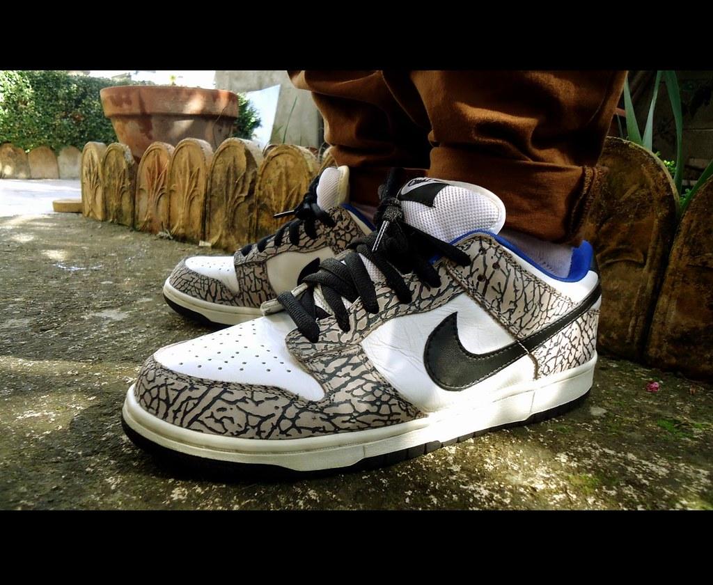 sports shoes a8949 3e37d ... Nike Dunk Low SB Supreme White  by Sneaker Freak