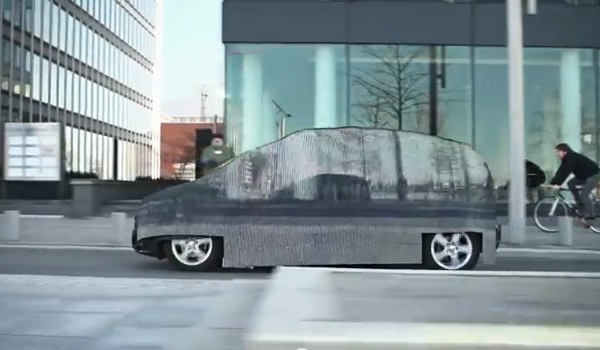 El auto invisible de Mercedes-Benz