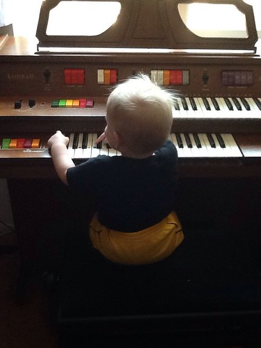 Little organist