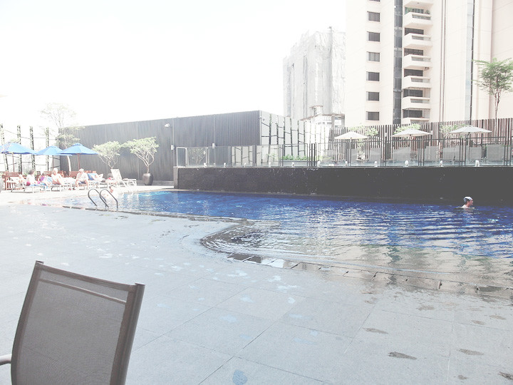 grand mercure roxy hotel pool