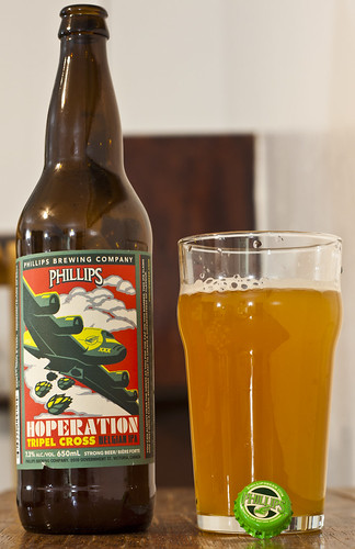 Review: Phillips Hoperation Tripel Cross Belgian IPA by Cody La Bière