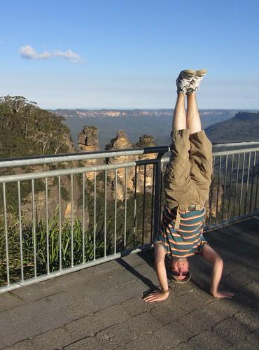 35. three sisters headstand