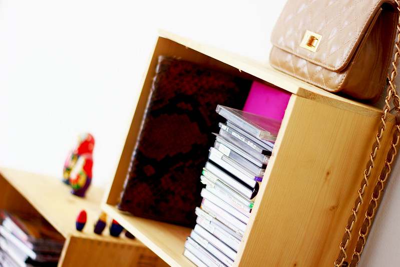 DIY a CD shelf - fai da te un porta CD