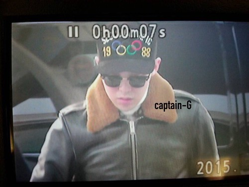 G-Dragon & TOP - Incheon Airport - 30jan2015 - G-Dragon - Captain G - 01