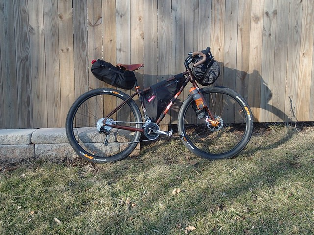 Doug's Fargo with large saddlebag