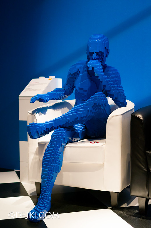 Art of The Brick - Blue Guy Sitting