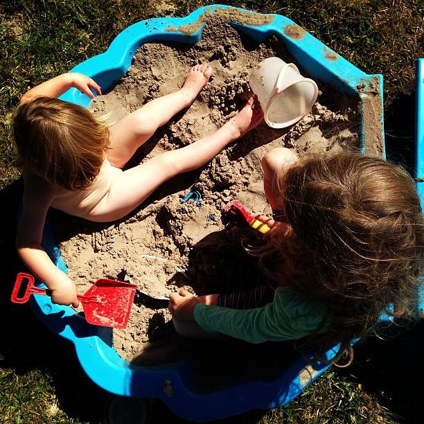 Sand pit days... #sunshine #play #owlets