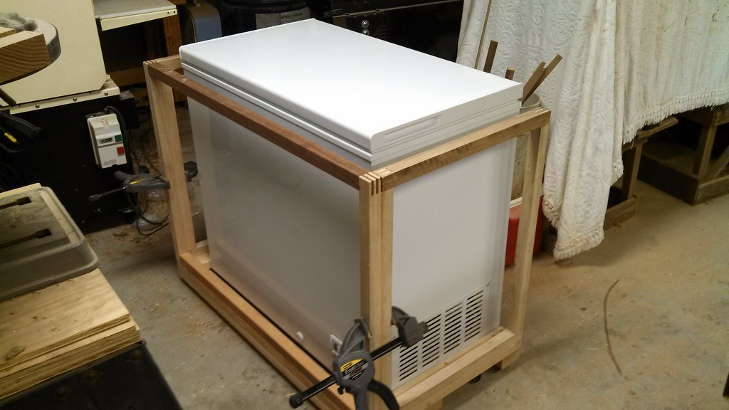 how to build a coffin keezer