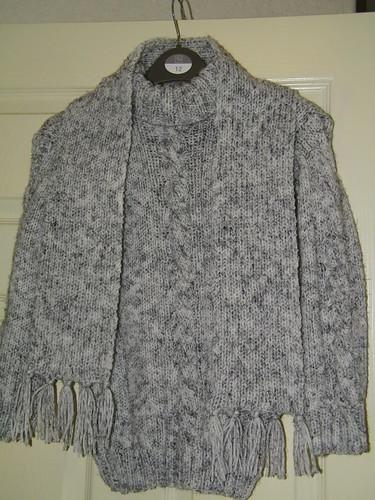 Hand Knitted Children's Jumper and Scarf - Handgestrickter Kinderpullover und Schal by abracacamera