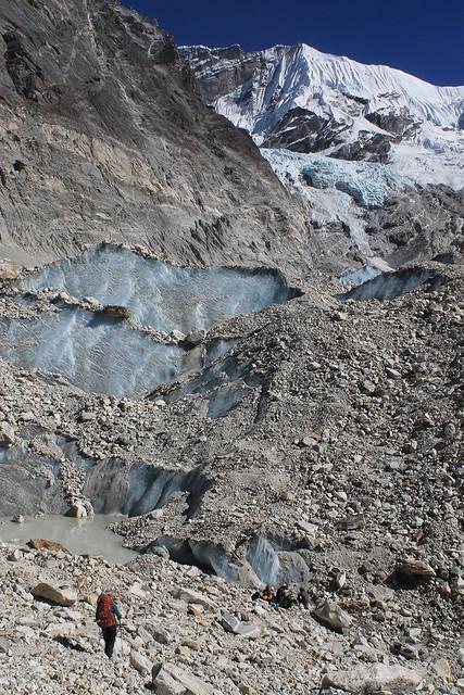 Nearing Noisy Knob Camp on Trakording Glacier