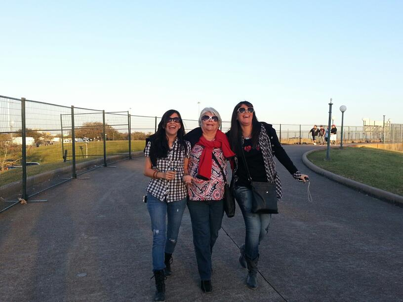 Ariface, Mom, & Silvy