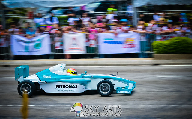 Petronas Motorsport Demo Run 2013 KLCC 17 March | TianChad.com