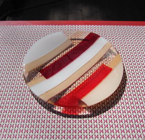 丸皿「春を待ちわびて」・・・直径約210㎜ by Poran111
