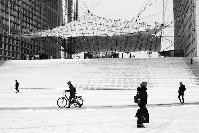 Grande Arche sous la neige