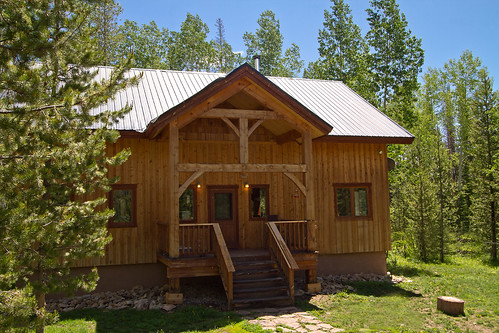 Steamboat Lake home for sale, north Routt cabin