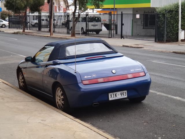 Alfa Romeo Spider (916)