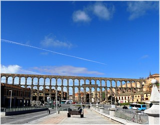 Bild av Acueducto de Segovia nära Segovia. españa spain arquitectura europa europe romano segovia acueducto arquitecture castillaleon espagme mygearandme