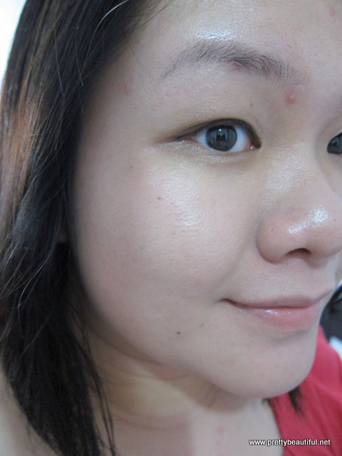 Clarins UV Plus HP BB Cream SPF 40 applied on face