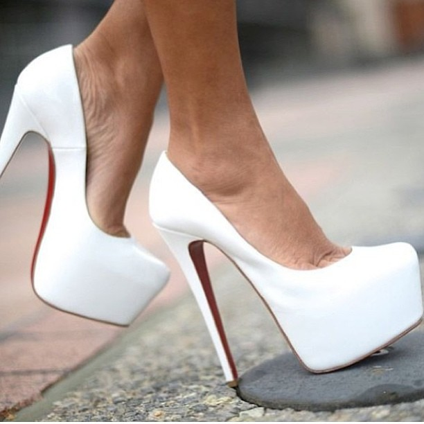 Get Inspired! #davetheshoeguy #shoes #louboutin #manolo #fashion Thanks for posting this  @tumblrgirl90