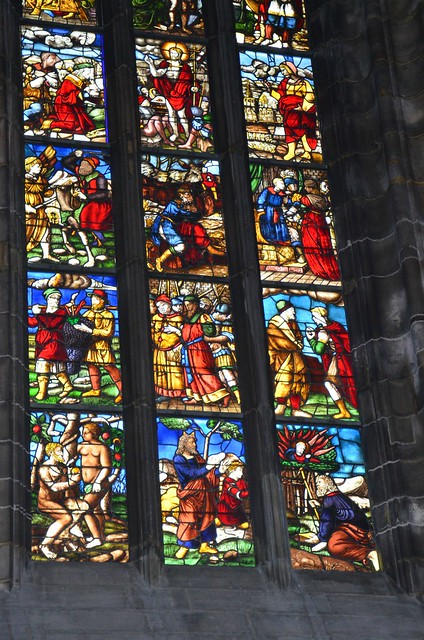 Duomo di Milano - stained glass