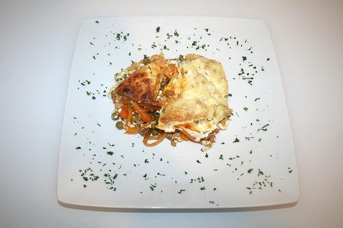 25 - Gyros-Rösti-Auflauf mit Feta - Serviert / Gyros rösti casserole with feta - Served