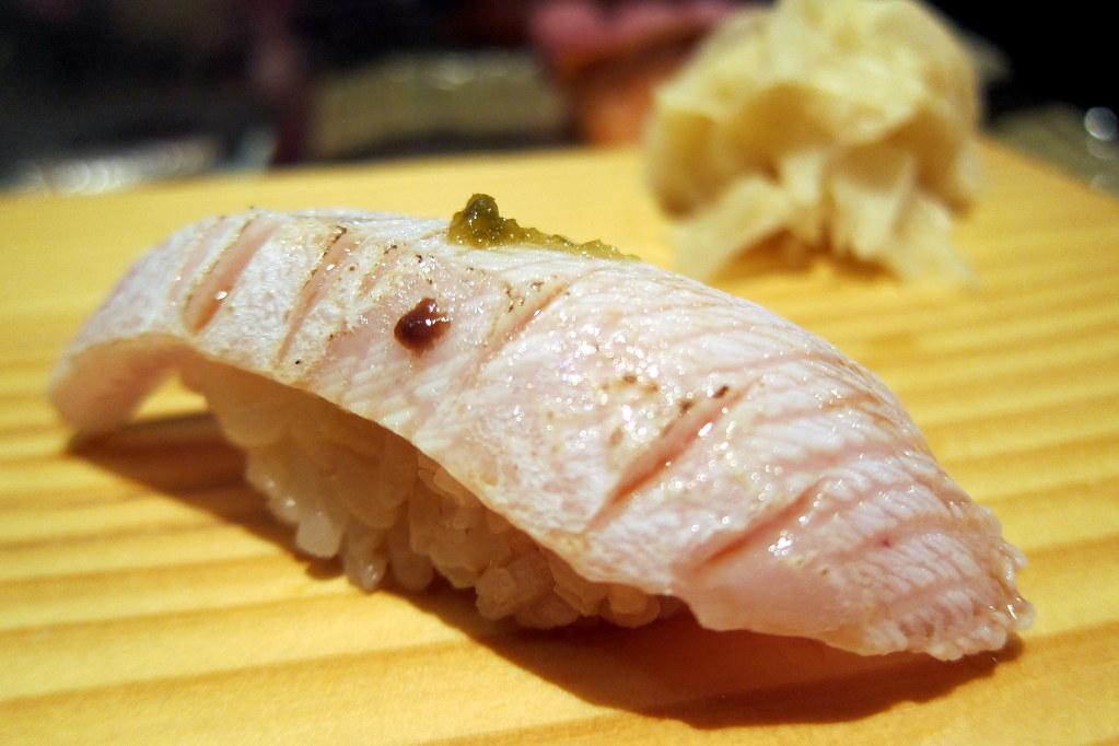 Nyc Tanoshi Sushi Hamachi Suna Zuri Hamachi Suna Zuri Flickr
