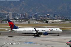 N155DL at Salt Lake City