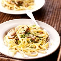 Linguine with Lemon, Garlic and Thyme Mushrooms
