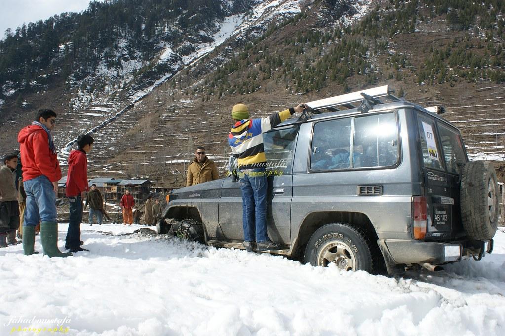 Muzaffarabad Jeep Club Neelum Snow Cross - 8471838984 32b9f30216 b