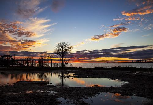 sunset lighthouse canon louisiana madisonville lakepontchartrain ef24105mmf4lisusm tchefuncteriver 5dmarkii tyalexanderphotography
