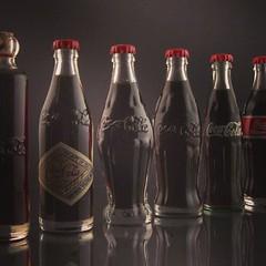 glass bottle, soft drink, carbonated soft drinks, drinkware, bottle, drink, cola, coca-cola,