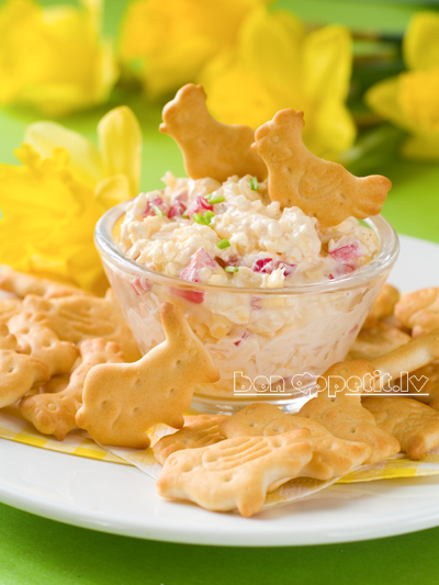 Cheese and egg salad