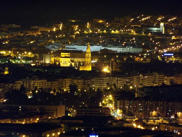 Mezquita de c rdoba nocturna desde el balc n del mundo - Visita nocturna mezquita de cordoba ...