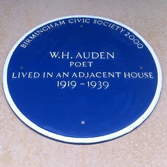 Photo of W. H. Auden blue plaque