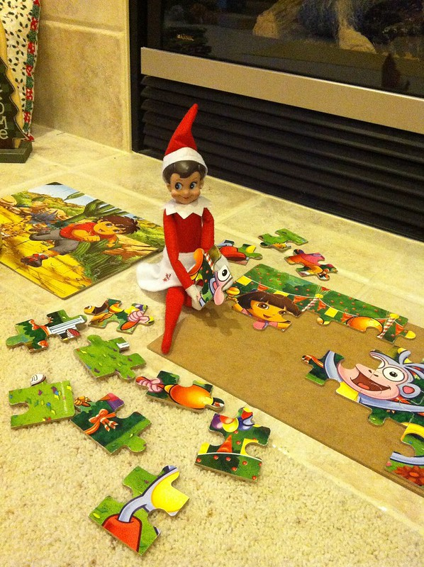 Puzzle Elf on the Shelf. Click for more ideas! #elfontheshelf