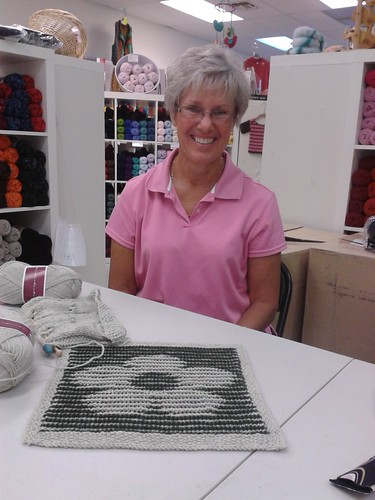 illusion knitting by ZaftigWendy