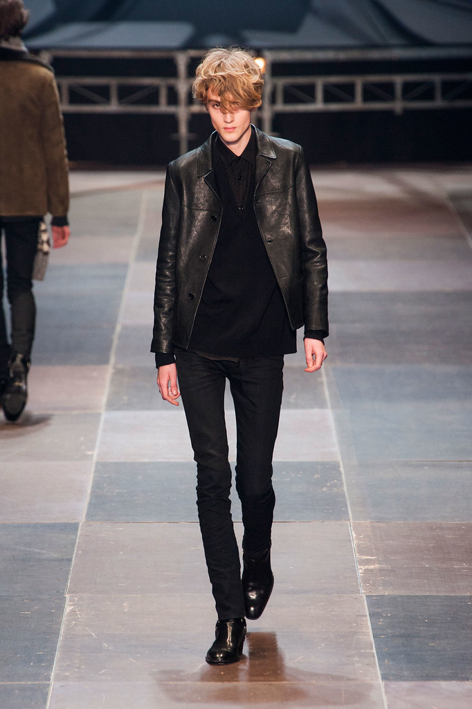 Valter Torsleff3036_FW13 Paris Saint Laurent(fashionising.com)